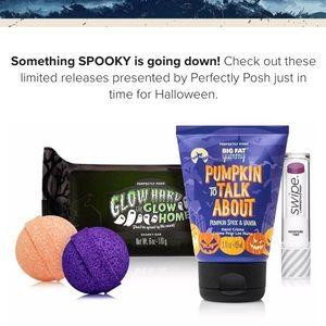 Perfectly Posh Halloween Bundle